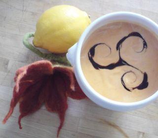 Cremige Tomaten-Zitronensuppe mit Scampi2
